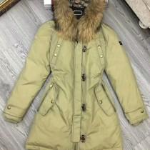 burberry衣服-03 巴寶莉專櫃限量版北美郊狼毛領長款羽絨服外套