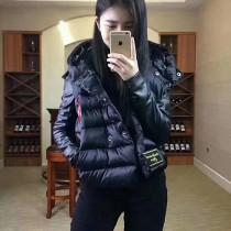 Moncler衣服-034 蒙口冬季保暖新品徽章設計羊皮袖口羽絨服外套