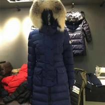 Moncler衣服-036-2 蒙口官網同步冬季保暖修身款貉子毛領長款羽絨服