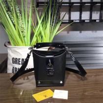LV M56038 原單BENTO BOX 時髦黑色Epi皮革水桶包