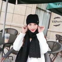 PRADA帽子-01 普拉達火爆新款羊絨針織帽子圍巾套裝