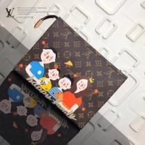 LV-M47542-6 新款早春新品專櫃特邀巴黎著名畫家合作推出最新限量版family系列經典帆布手拿包