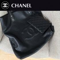 CHANEL 92981-01 香奈兒時尚新款鹿紋皮粗顆粒粗車線logo休閒桶包搭配時尚小零錢包