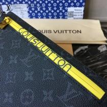 LV-68002 路易威登最新走秀款全新采用进口防水拉链小手包LU手包