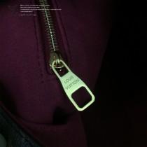 LV-M43547 路易威登新款時尚經典Monogram Flower 挂锁紫红原版皮LU Hobo手袋