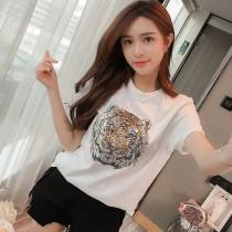 新款潮T恤老虎頭白色雙面亮片釘珠圓領短袖女。