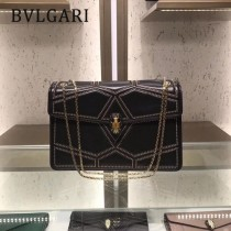 Bvlgari原單-38101 寶格麗原單時尚新款融合了古典與現代特色肩背斜背包
