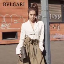BVLGARI 38102-11 潮流新品衍縫網格設計原單黃銅蛇頭扣單肩斜挎包
