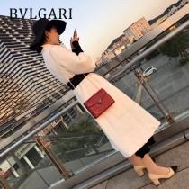 BVLGARI 35107-16 新款衍縫網格刺繡原單小牛皮彩色蛇頭扣單肩斜挎包