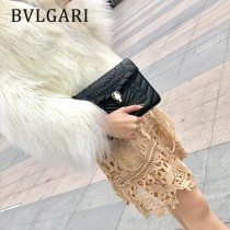 BVLGARI 35107-17 新款衍縫網格刺繡原單小牛皮彩色蛇頭扣單肩斜挎包