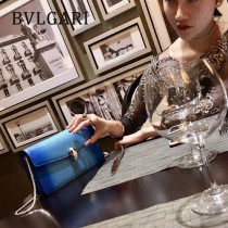 BVLGARI 37044-3 高貴奢侈Seprentl Forever原單意大利蜥蜴紋彩色蛇頭扣手拿晚宴包