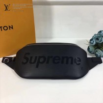 LV M53418-2 許魏洲同款supreme聯名款原單黑色水波紋男女款胸包腰包