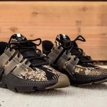 AD男跑步鞋 虎紋迷彩 軍事風格 設計極具前衛感