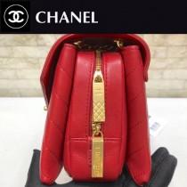 CHANEL-57431-01 原版皮 夏季新品 鏈條信封包V紋翻蓋包 可以肩背 可以斜挎