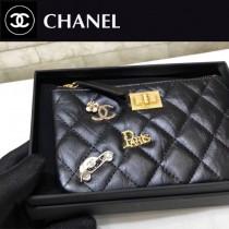 CHANEL-81035 香奈兒限量版徽章复古五金拉链零钱包 卡包