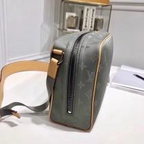 LV-M43884 原單 相機包 為男士生活出行而設計 既可斜挎 亦可模仿秀場中的手提造型