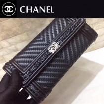 Chanel-80283-02 原版皮 新款 進口羊皮編織boy款 二折錢包