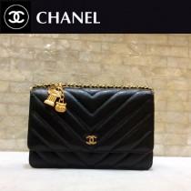 Chanel-33814-03 香奈兒貓頭鷹系列進口黑色小球紋牛皮V紋WOC斜挎包