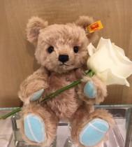 Happy  Valentine s Day蒂芙尼新品 可愛的泰迪熊