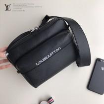 LV-M31003 路易威登新款原版皮黑色MESSENGER 小號郵差包
