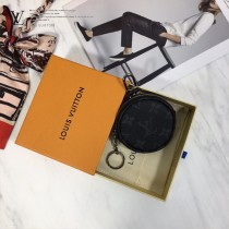 M62796 原版皮MONOGRAM POUCH 包飾與鑰匙扣