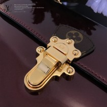 LV-M53355-04  路易威登專櫃同步原版皮系列女款手提斜背包