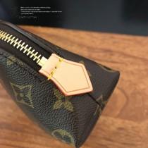 M47515-1 新款 小號老花原版皮手包化妝包