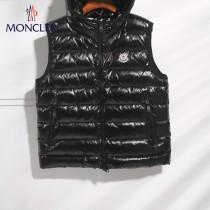 Moncler蒙口-15   秋冬羽絨服 馬甲  男女同款 可做情侶款 90%白鵝絨