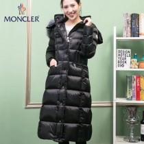 Moncler-02   蒙口女款加長款羽絨服