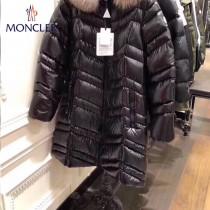 Moncler-015   蒙口秋冬新款長款大毛領羽絨服