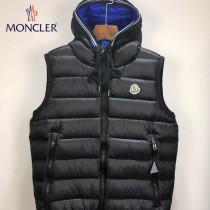 Moncler-029-01   蒙口最新爆款純色連帽男士羽絨馬甲