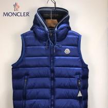 Moncler-029   蒙口最新爆款純色連帽男士羽絨馬甲