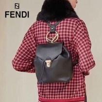 FENDI包包-017   芬迪經典雙肩包