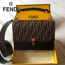 FENDI芬迪  原版皮 中號 Fendi Kan I 最新蓋頭壓牛皮雙F系列鏈條包