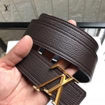 lv 此款腰帶采用雙面設計,壹側為風格休閑的原版牛皮2-01