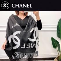 香奈兒 AB面冬季新款圍巾,兔絨羊毛混紡材質,柔和保暖,雙面雙色,做工精美,既是圍巾又可以做披肩 尺寸:180x70cm