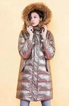 連帽貉子毛領光面羽絨服溫暖整個冬季!