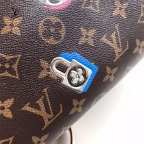 LV-M44365  路易威登原版皮枕頭包