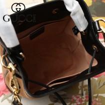 GUCCI-550621-04   古馳新款原版皮水桶包