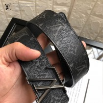 lv 字母扣腰帶采用雙面設計-003
