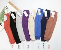 大家等待已久的大爆款❗️今年最新的款式 纯棉多色儿童长裤 男童女童都能穿的百搭款 多色可选 总有一款适合你!