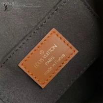 M44392-01 新款原版皮  METIS 小號郵差包