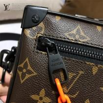 M44480 原版皮  新款郵差包 男女同款 專櫃限量 18.5x13x8CM