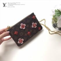 M63905-04  原版皮 Blooming Flowers 系列 鏈條 錢夾
