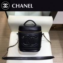 CHANEL 原版皮 化妝包-04  進口小羊皮 內裏配牛仔 正方型收納包化妝箱
