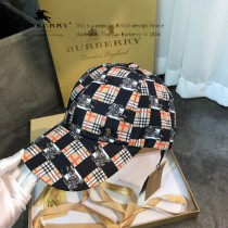 博柏利Burberry火爆單品戰馬經典格紋棒球帽各大時尚達人明星同款