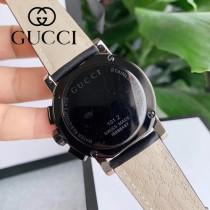Gucci 古馳海報款石英計時男表 瑞士石英機芯