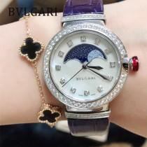 寶格麗 新款月相腕表 弧形月相視窗置於珍珠貝母表盤上方