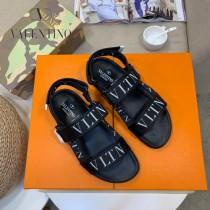 華倫天奴 涼鞋  專櫃限定系列,休閑時裝拖鞋 -01