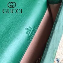 488426-4 新款天鵝絨系列WOC链条小包